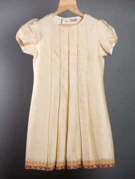 Box Pleat Dress (Off white)
