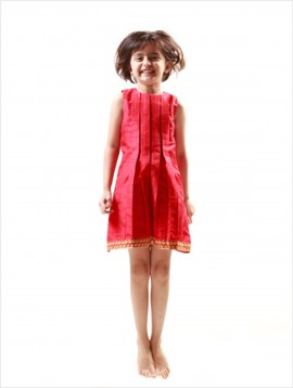 Box Pleat Dress (Red)